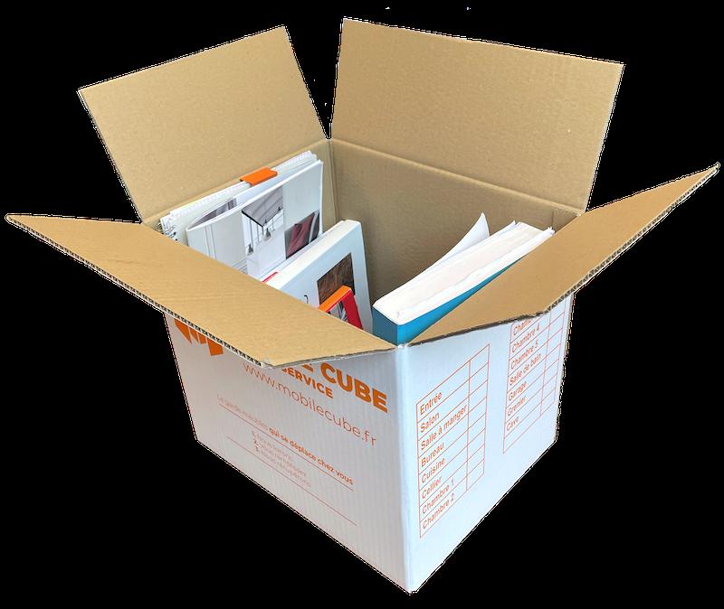 Carton livre ouvert avec livres 800px.png